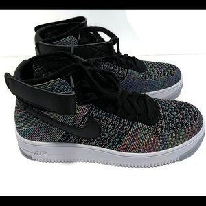 Nike Air Force 1 Flyknit Size 6Y   7.5 Women